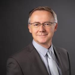 Dr. Ivan Fom